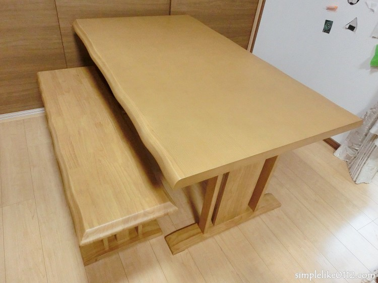ニトリ・食卓テーブル