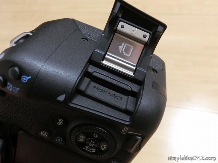 一眼レフカメラSDカード