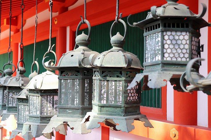 春日大社回廊の灯籠