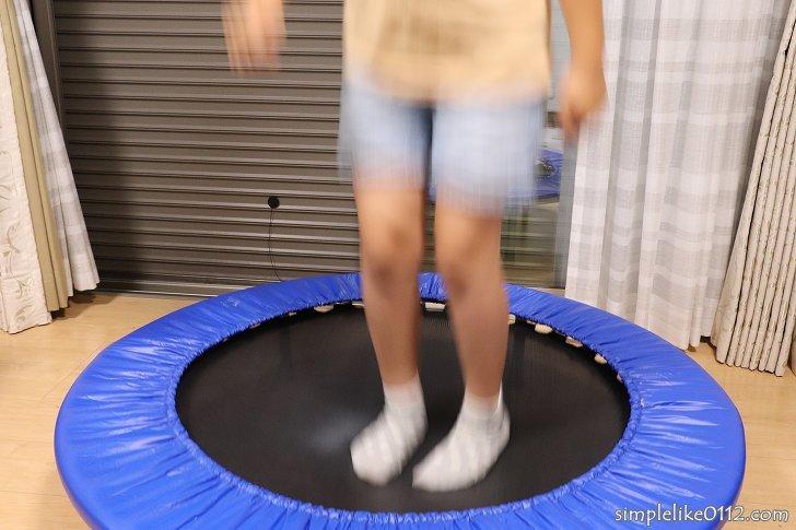 子供用トランポリンで運動神経・体幹・体力を鍛える
