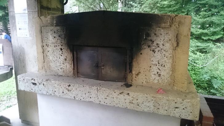 ちはや園地金剛山キャンプ場のピザ窯