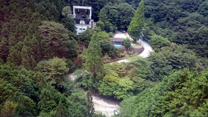 金剛山ロープウェイ千早駅まで登る