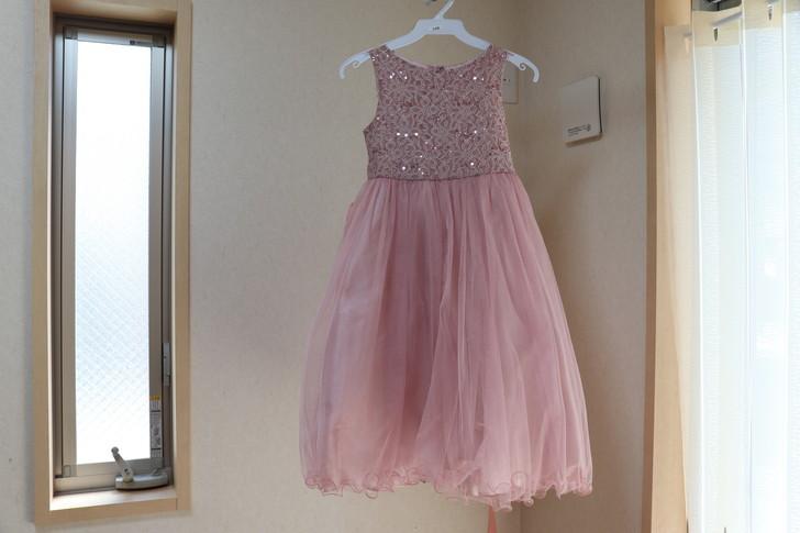 DMMいろいろレンタルから子供用ドレスが届いた
