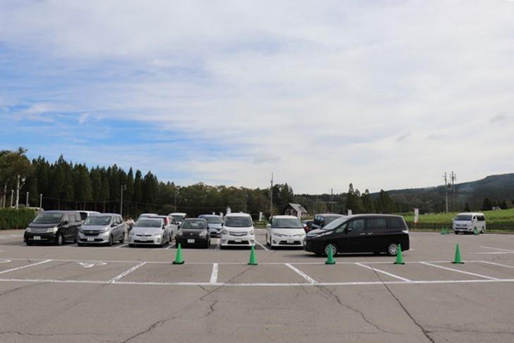 ひるがの高原牧歌の里・駐車場