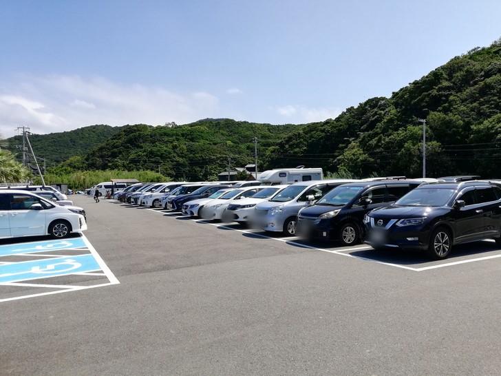 産湯海水浴場の駐車場