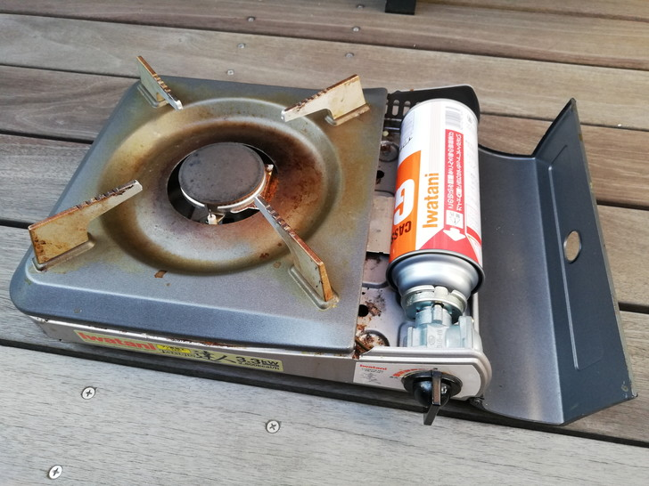 カセットコンロで使うCB(カセットボンベ)缶