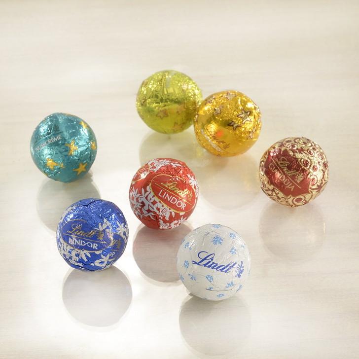 チョコ・クッキー・キャンディー入りのアドベントカレンダー