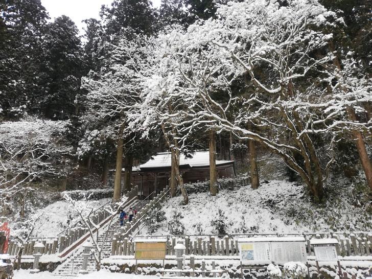 冬の金剛山・転法輪寺境内の樹氷