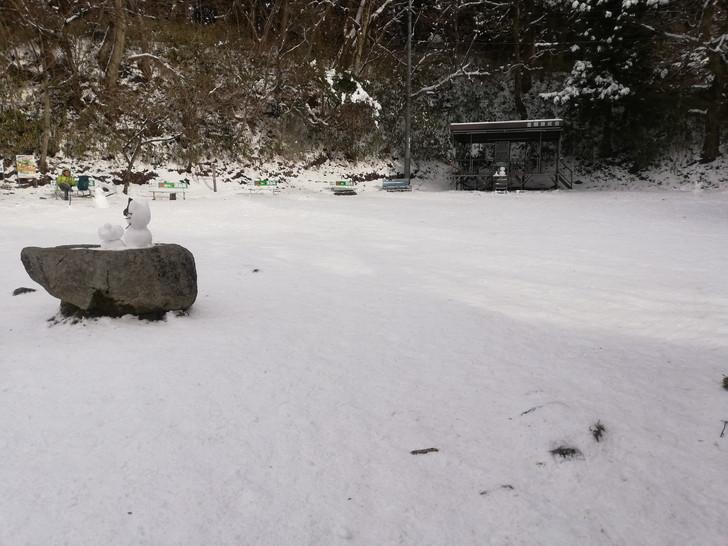 冬の金剛山山頂広場(国見城跡)