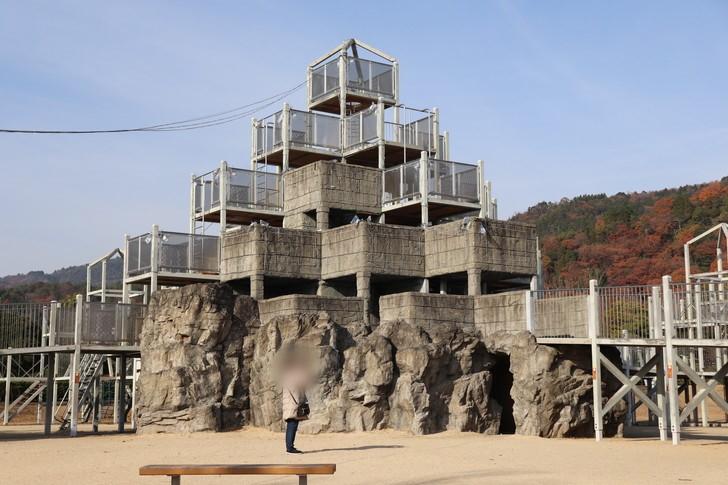 あすたむらんど徳島のわんぱく砦は子供の遊び場