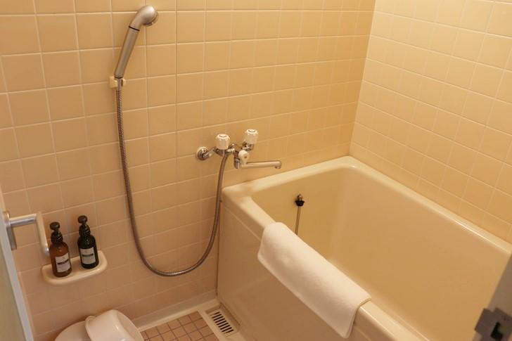 アオアヲナルトリゾートのスーペリアツインのお風呂