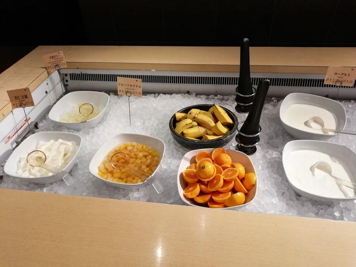 アオアヲナルトリゾート朝食バイキング「フルーツ」