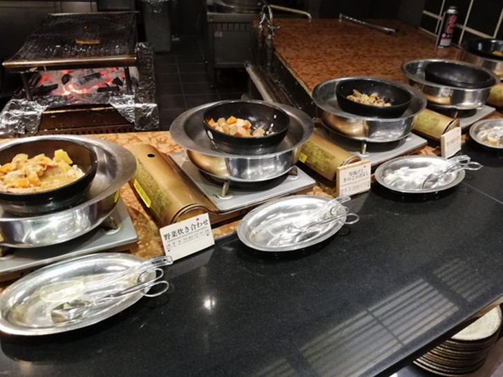 アオアヲナルトリゾート朝食バイキング「お惣菜」