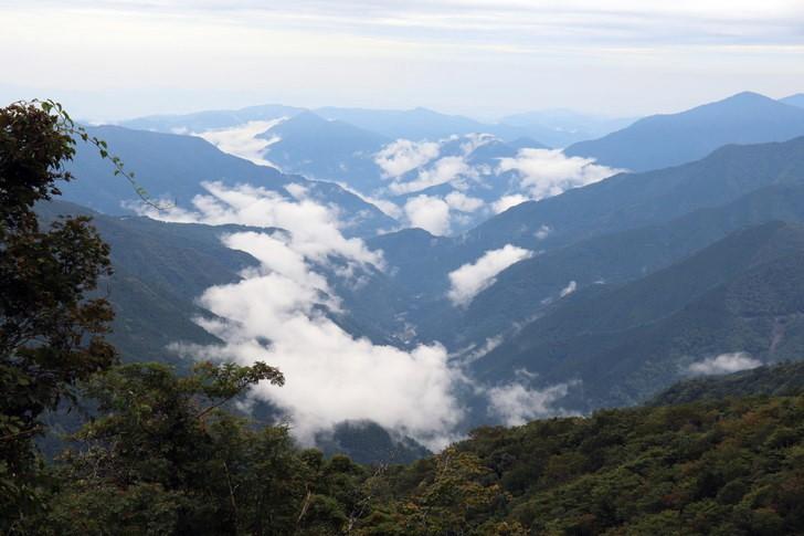四国剣山の初心者向けコース「尾根道コース」