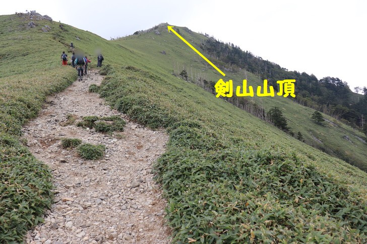 剣山から次郎笈縦走までの縦走コースからの眺めは最高に美しい