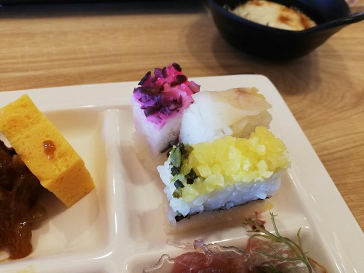 鳴門グランドホテル海月の朝食バイキング【野菜寿司】
