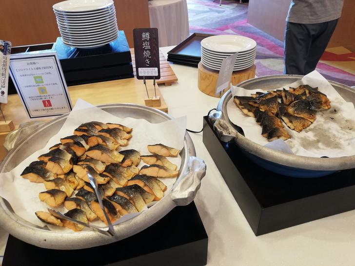 鳴門グランドホテル海月の朝食バイキング【お魚】