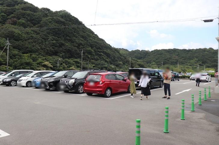 鳴門うずしお観潮船の駐車場は?