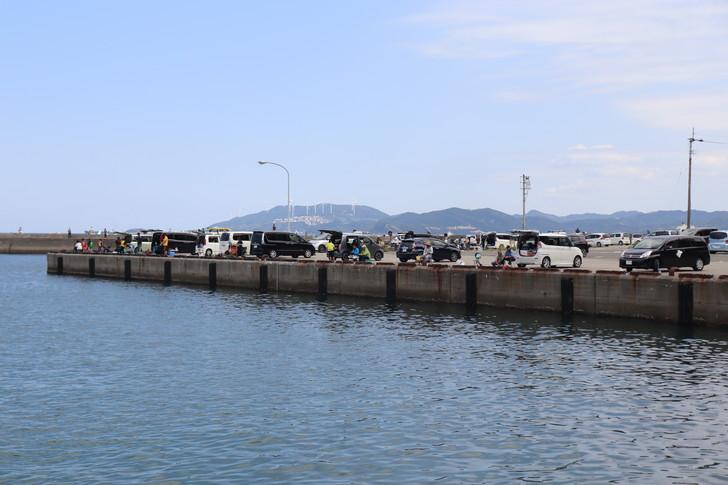鳴門うずしお観潮船の駐車場「亀浦観光港」