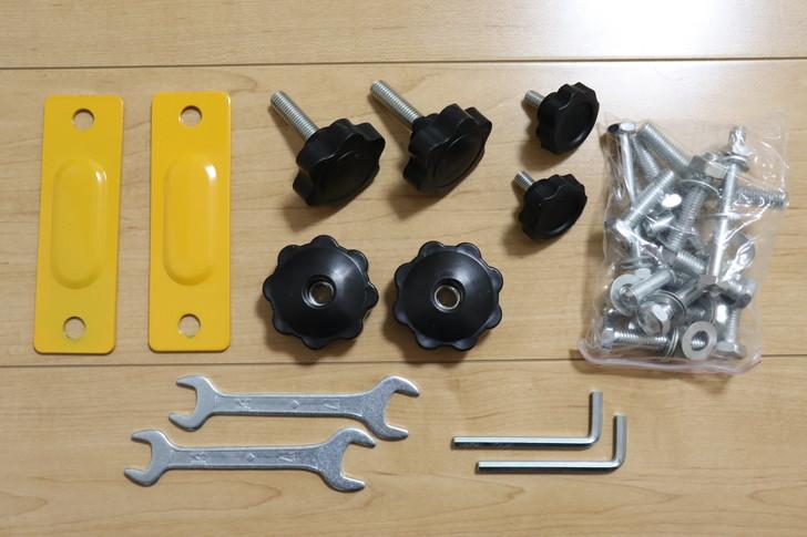 WASAIチンニングスタンド「BS30W」は組み立てに必要な工具が付いている