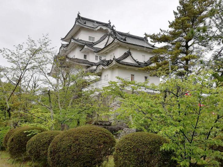 伊賀上野城の大天守と小天守