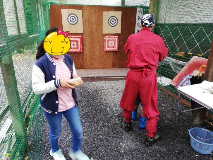 伊賀流忍者博物館の本物の手裏剣を使って的を狙え!!